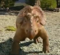 映画恐竜と一緒に歩くシーン