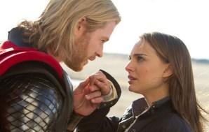 Thor (Chris Hemsworth) och Jane Foster (Natalie Portman)