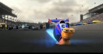 Teo sulla pista automobilistica - Turbo