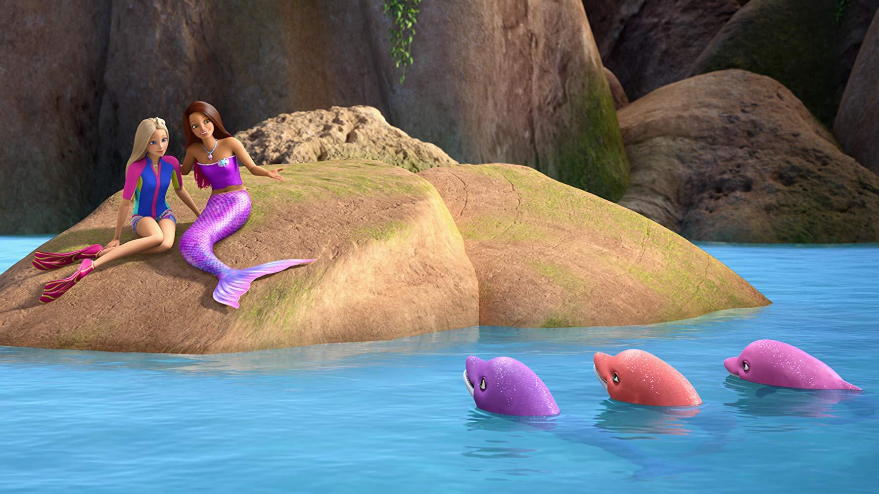 芭比娃娃和海豚的魔力