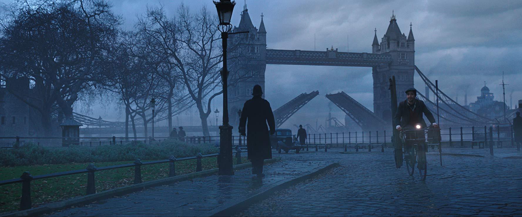 런던 브리지 타워 브리지-Mary Poppins의 귀환