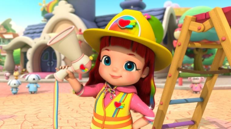 Ruby Rainbow vestida de bombero