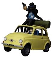 Handlingsfigur av Lupin III och Jigen på leksaksbilen Fiat 500