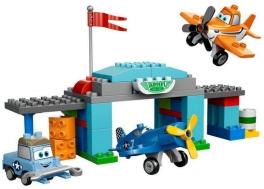 Escuela de vuelo del capitán - Lego Disney Princess