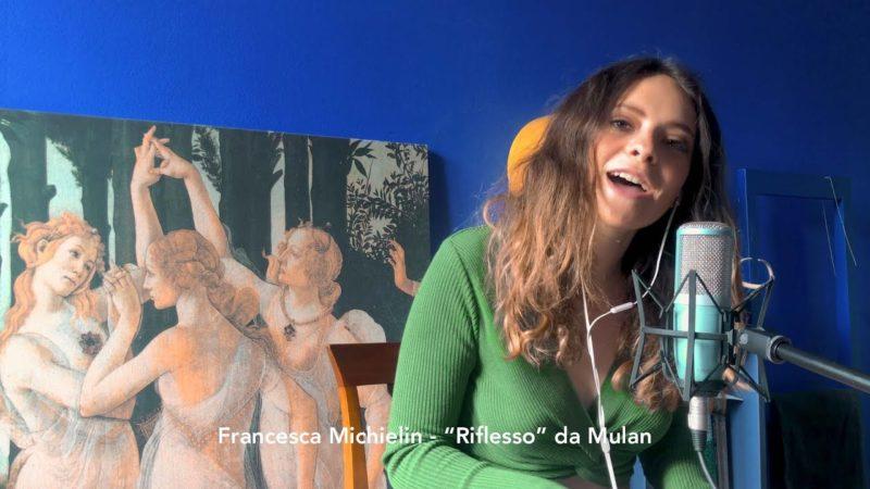 """Francesca Michielin canta """"Riflesso"""" dal film Disney Mulan per supportare la Croce Rossa Italiana"""