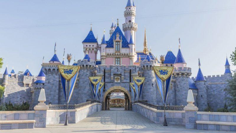 I parchi Disney licenziano 28.000 lavoratori statunitensi