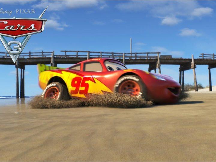 """कार 3 वीडियो """"समुद्र तट पर बिजली गाड़ियों"""""""