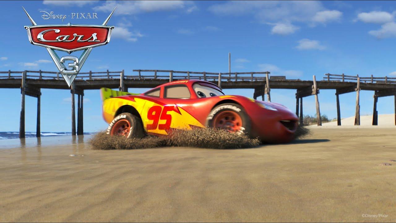 """Il video di Cars 3 """"Saetta si allena in spiaggia"""""""