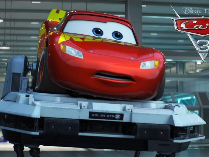 """Il video di Cars 3 """"Saetta rompe il simulatore"""""""