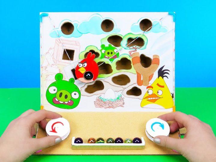 Hur man gör ett kartongspel med Angry Birds