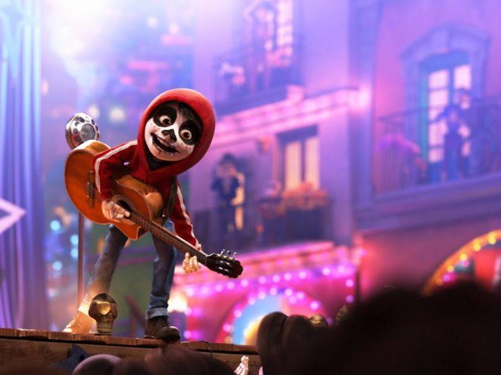 "Il video del film Disney Pixar Coco quando ""Miguel si esibisce"""