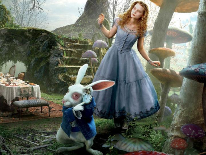 이상한 나라의 앨리스-팀 버튼 영화 (2010)