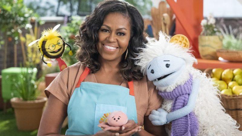 """मिशेल ओबामा की """"वेफल्स + मोची"""" श्रृंखला 16 मार्च को नेटफ्लिक्स पर आती है"""