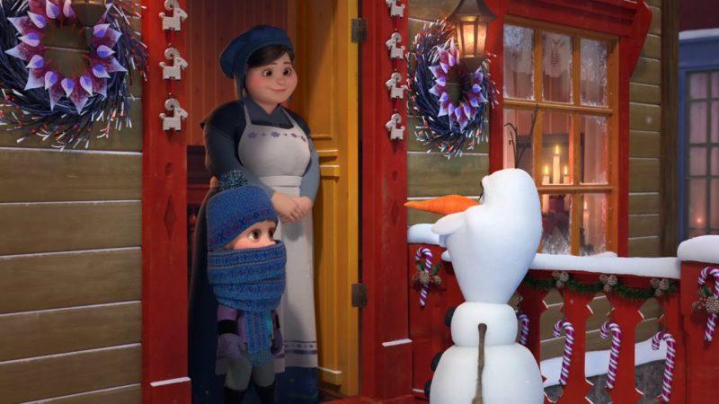 Frozen - Las aventuras de Olaf | Clip de la película | Olaf va en busca de tradiciones con Sven