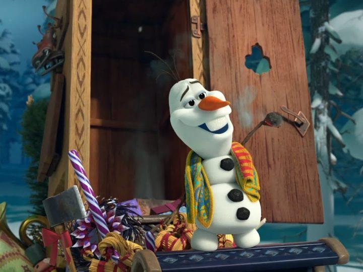 Frozen – Le avventure di Olaf | Clip dal Film | Olaf e la Slitta delle Tradizioni