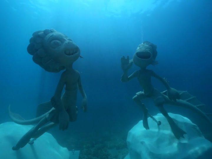 Disney+ | Luca – Statue subacquee di Luca e Alberto