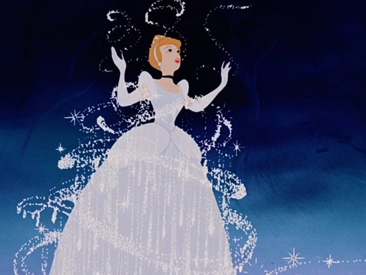💛 I Momenti Migliori di Cenerentola | Disney Princess | Disney Junior IT