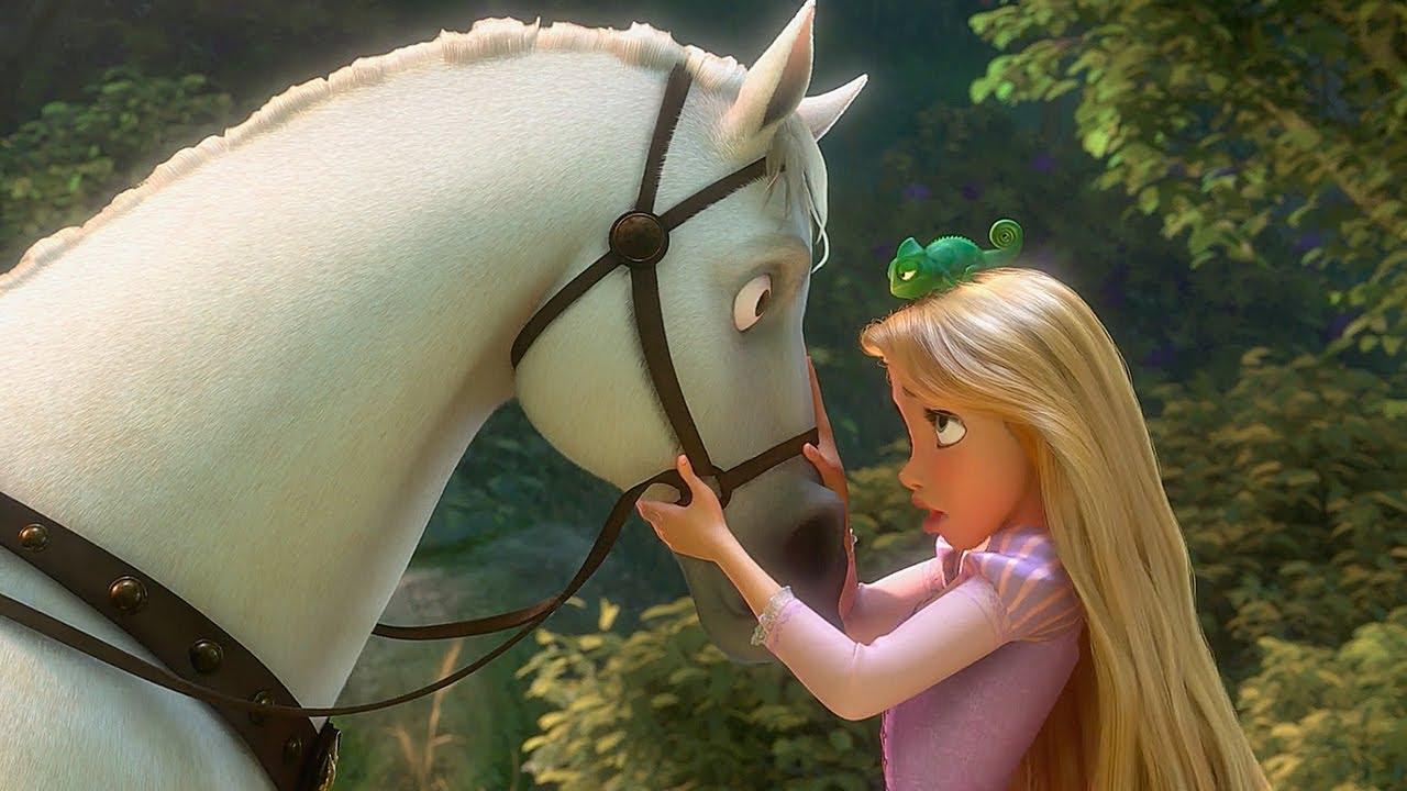 Guarda il video: Principesse e i loro destrieri| Disney Princess | Disney Junior IT