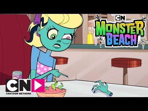 """Guarda il video di Monster Beach """"Una mano impazzita"""" di Cartoon Network"""