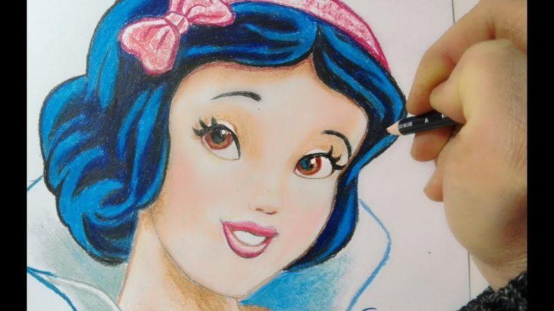 Come disegnare Biancaneve con le matite colorate